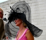 kentucky-derby-funny-hat-16