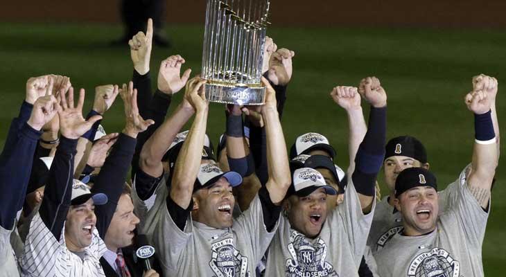 new-york-yankees-celebrating-2009-world-series-title