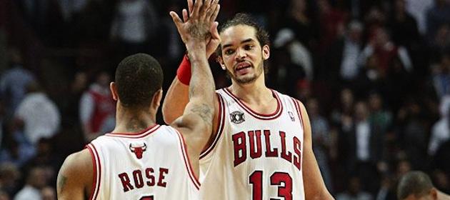 joakim-noah-and-derrick-rose-celebrate-with-chicago-bulls