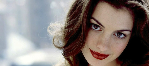 anne-hathaway-hot-beautiful-actress