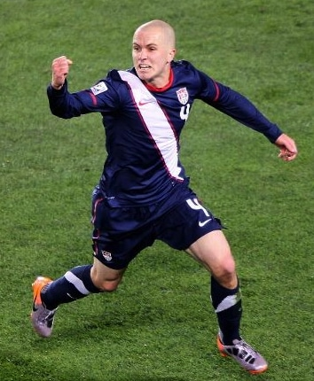 michael-bradley-of-usa-celebrates-second-goal-vs-slovenia-world-cup