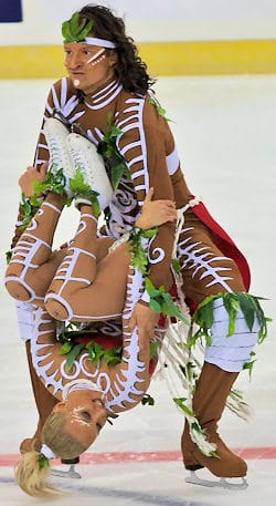 oksana-domnina-and-maxim-shabalin-ice-dancing