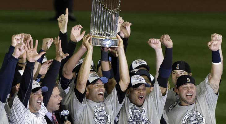 new-york-yankees-celebrating-2009-world-series-title