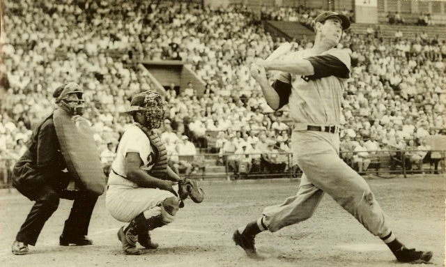 ted-williams-boston-red-sox