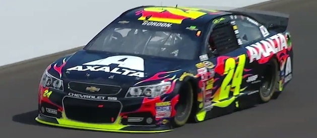 Jeff Gordon races to victory at the Brickyard