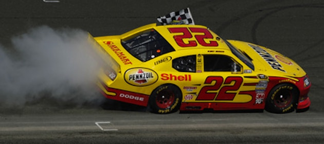 kurt-busch-wins-at-dover-international-speedway