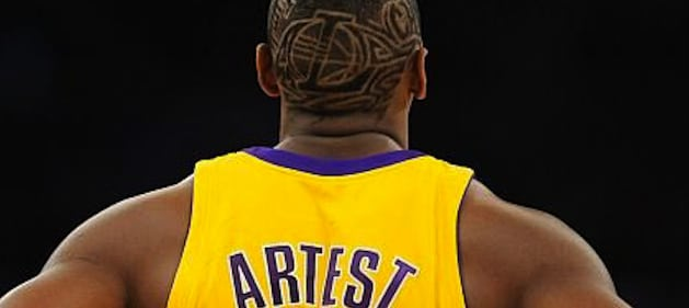 ron-artest-shaved-head-nba-lakers